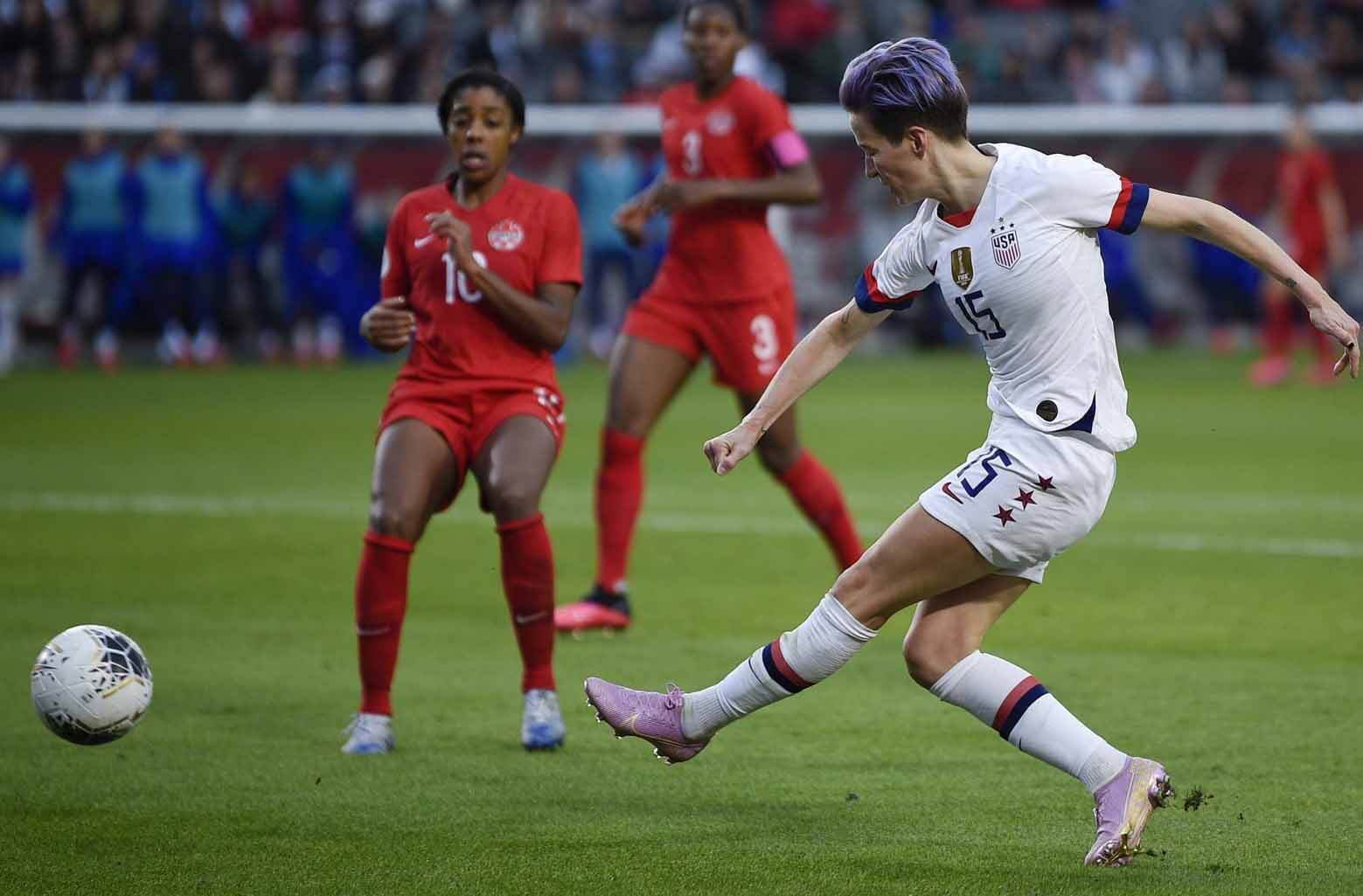 United States forward Megan Rapinoe (15) shoots against Canada during the second half of the CONCACAF Women's Olympic Qualifying soccer tournament at Dignity Health Sports Park. - USA TODAY Sports