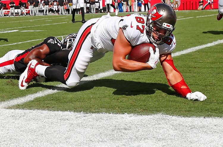 How To Bet - Buccaneers vs Rams Week 3 Picks and Predictions: Rams Walk the Plank in Week 3