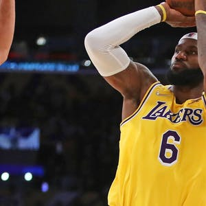 LeBron James Los Angeles Lakers NBA props