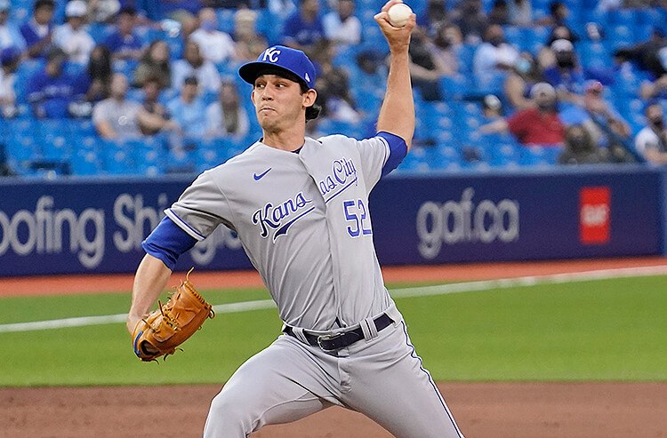 Today's MLB Prop Bets, Picks and Predictions: Royals Rookie Lynch Continues To Struggle Racking Up Ks