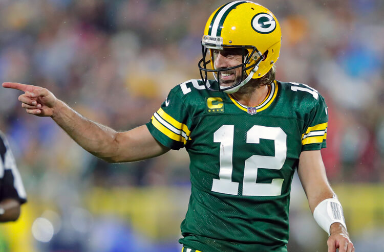 How To Bet - Packers vs 49ers Sunday Night Football Picks and Predictions: Back the Pack in Week 3 NFC Showdown