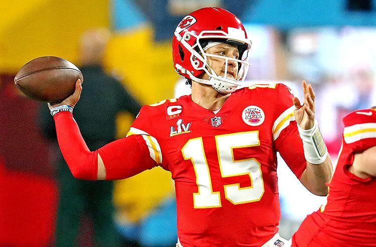 2021 NFL MVP Odds: Mahomes Tops Board, Stafford Rising