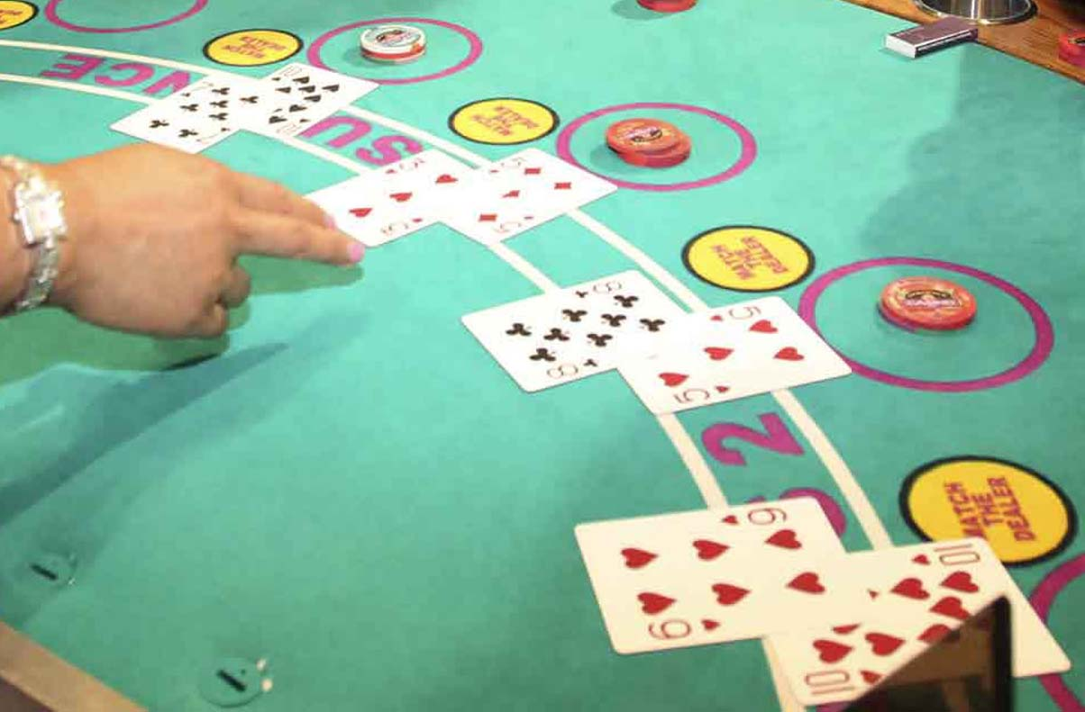 The best cheap blackjack tables you can find in Las Vegas