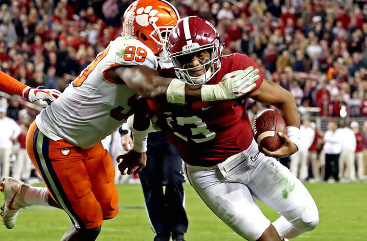 2021 College Football Win Totals: Alabama, Clemson Lead the Nation