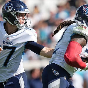 Derrick Henry Ryan Tannehill Tennessee Titans NFL