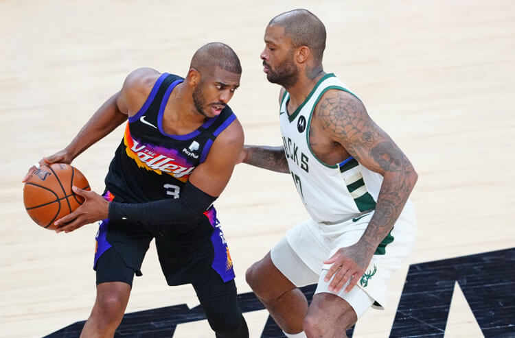 How To Bet - Suns vs Bucks Game 3 Picks and Predictions: Red-Hot Pressure