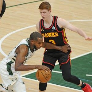 Kevin Huerter Khris Middleton Atlanta Hawks Milwaukee Bucks NBA