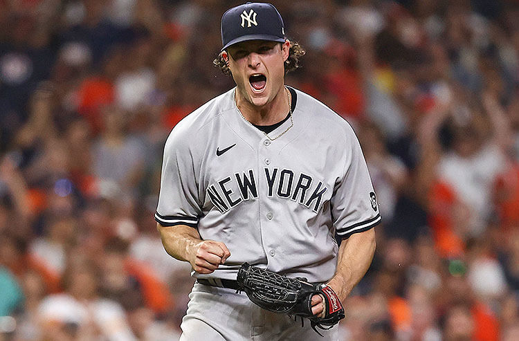 Cy Young Odds: New York Aces Cole, deGrom Lead Way