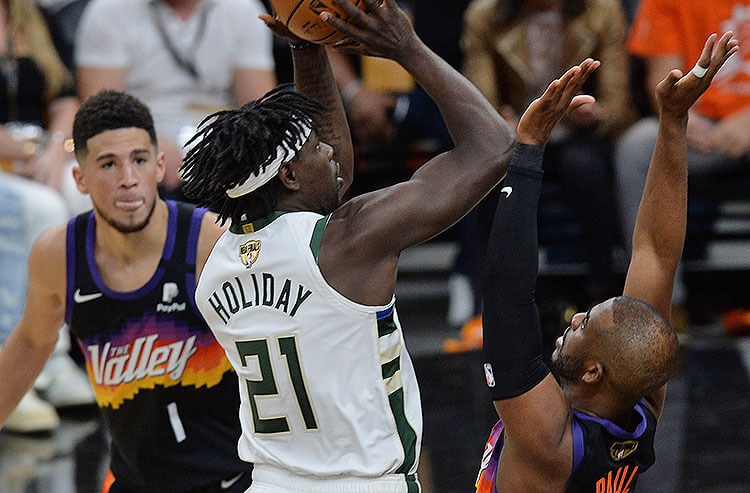 How To Bet - Bucks vs Suns Game 2 Picks and Predictions: Milwaukee Responds with Adjustments