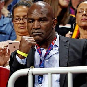 Evander Holyfield Vitor Belfort boxing