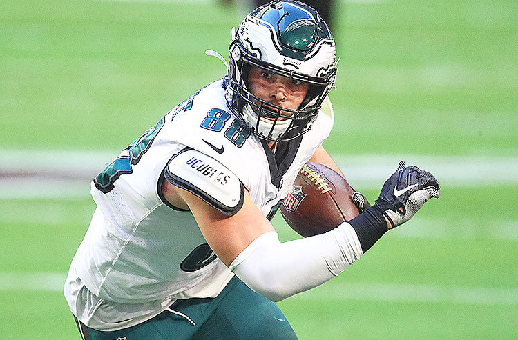 NFL Player Prop Bets for Week 3: Goedert Finds End Zone