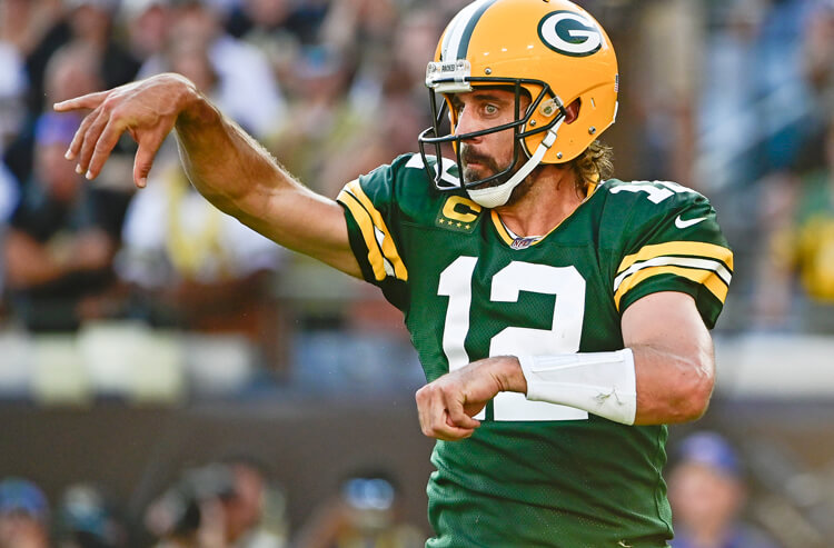 Lions vs Packers Monday Night Football Picks and Predictions: Back the Pack for MNF