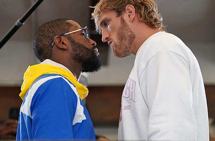 Floyd Mayweather Jr. vs Logan Paul Boxing Odds: Floyd Draws Late Cash