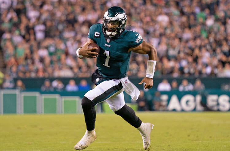 How To Bet - Eagles vs Raiders Week 7 Picks and Predictions: Birds Fly High in the Autumn Wind