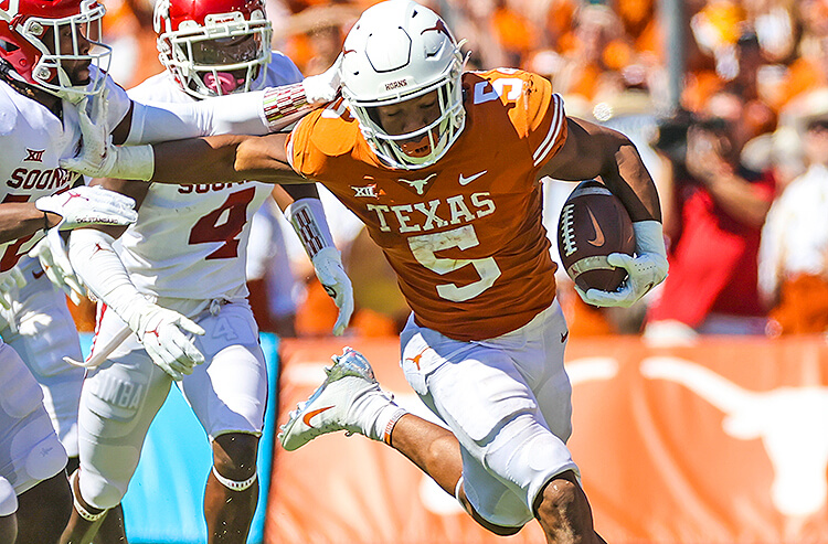 How To Bet - Oklahoma State vs Texas Picks and Predictions: Longhorns Bounce Back From OU Loss By Beating OSU
