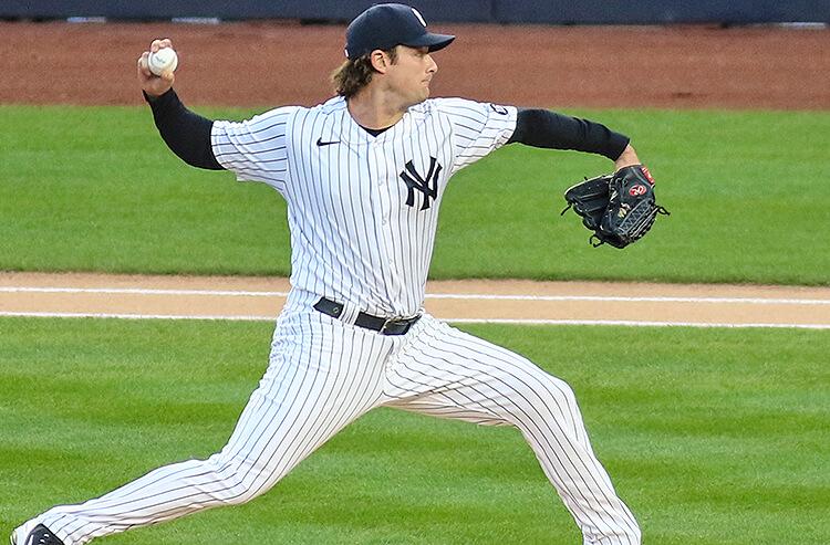 Yankees vs Blue Jays Picks: Cole Keeps Toronto Bats Silenced