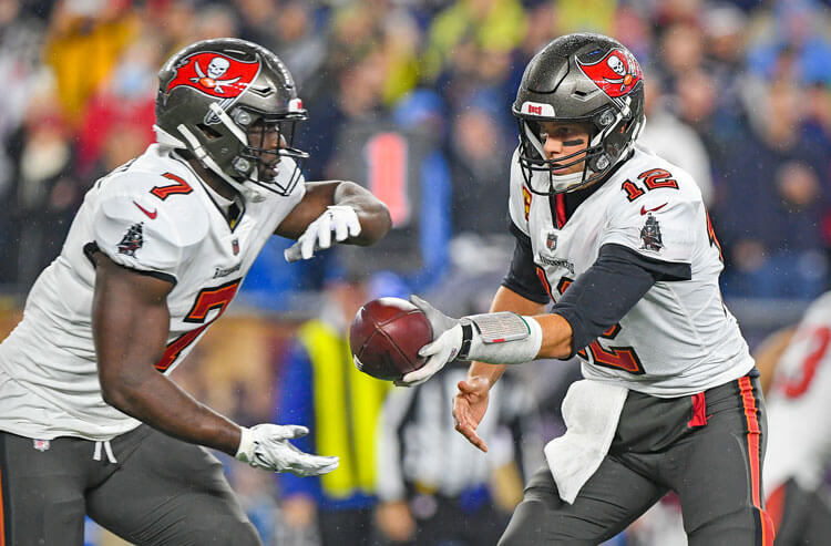 Bears vs Buccaneers Week 7 Picks and Predictions: Champs Too Good, Too Well-Rested for Chicago