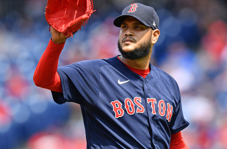 Red Sox vs Yankees Picks and Predictions: Who Has Edge With Two Struggling Starters?