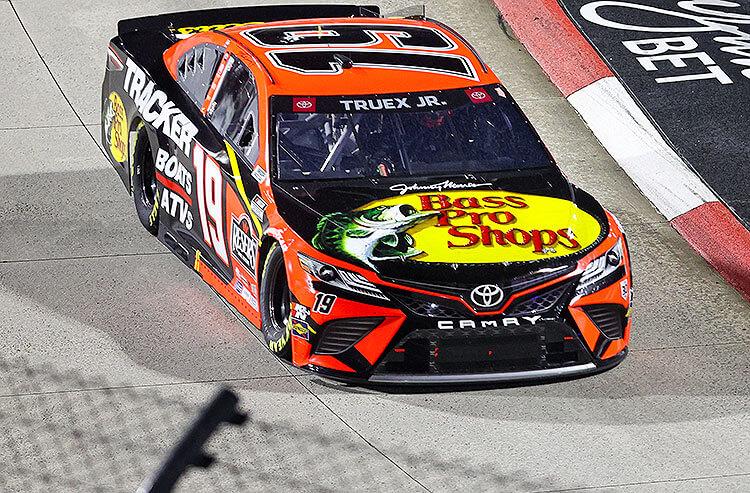 NASCAR Toyota Owners 400 Odds: Truex Jr. on Top