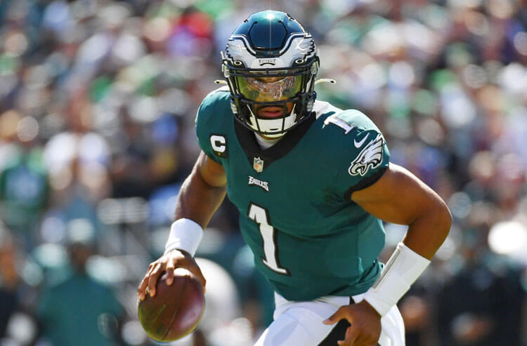 Eagles vs Cowboys Monday Night Football Picks and Predictions: Division Supremacy on the Line in Primetime