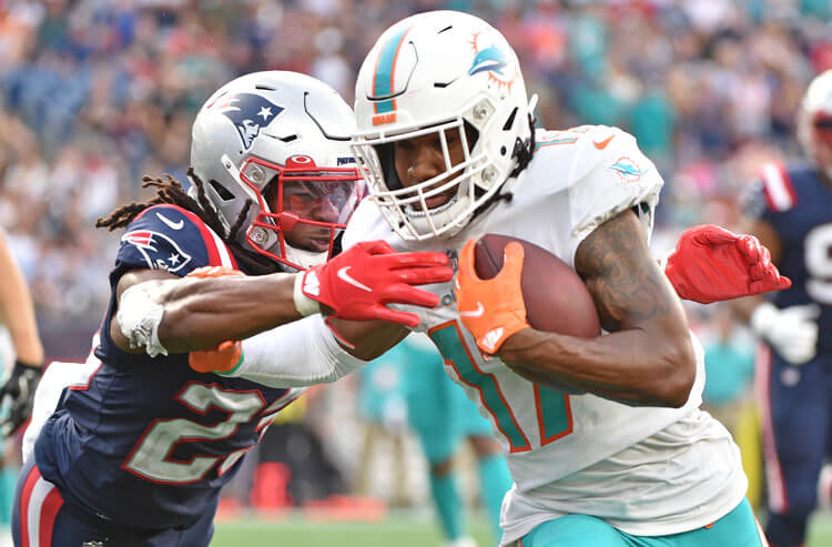 How To Bet - Dolphins vs Jaguars Week 6 Picks and Predictions: Tua's Return Timely for Miami