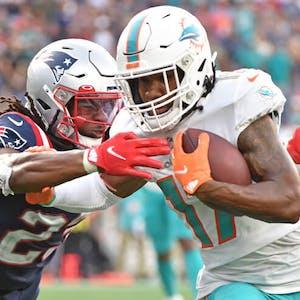 Jaylen Waddle Miami Dolphins NFL
