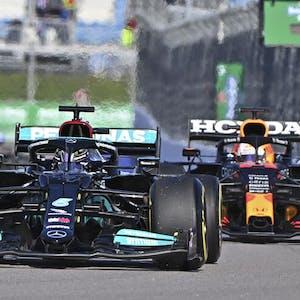 Formula One Max Verstappen Lewis Hamilton F1 World Drivers' Championship