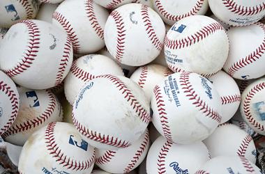 Atlantis sportsbook first to post 2016 MLB season win totals
