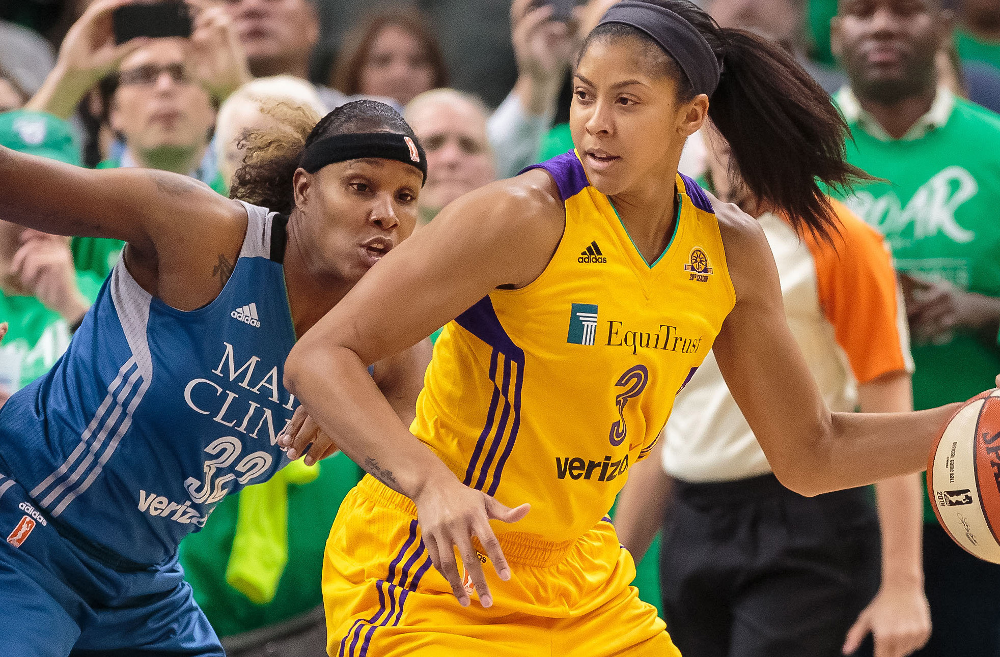 Four need-to-know notes for betting the 2017 WNBA season